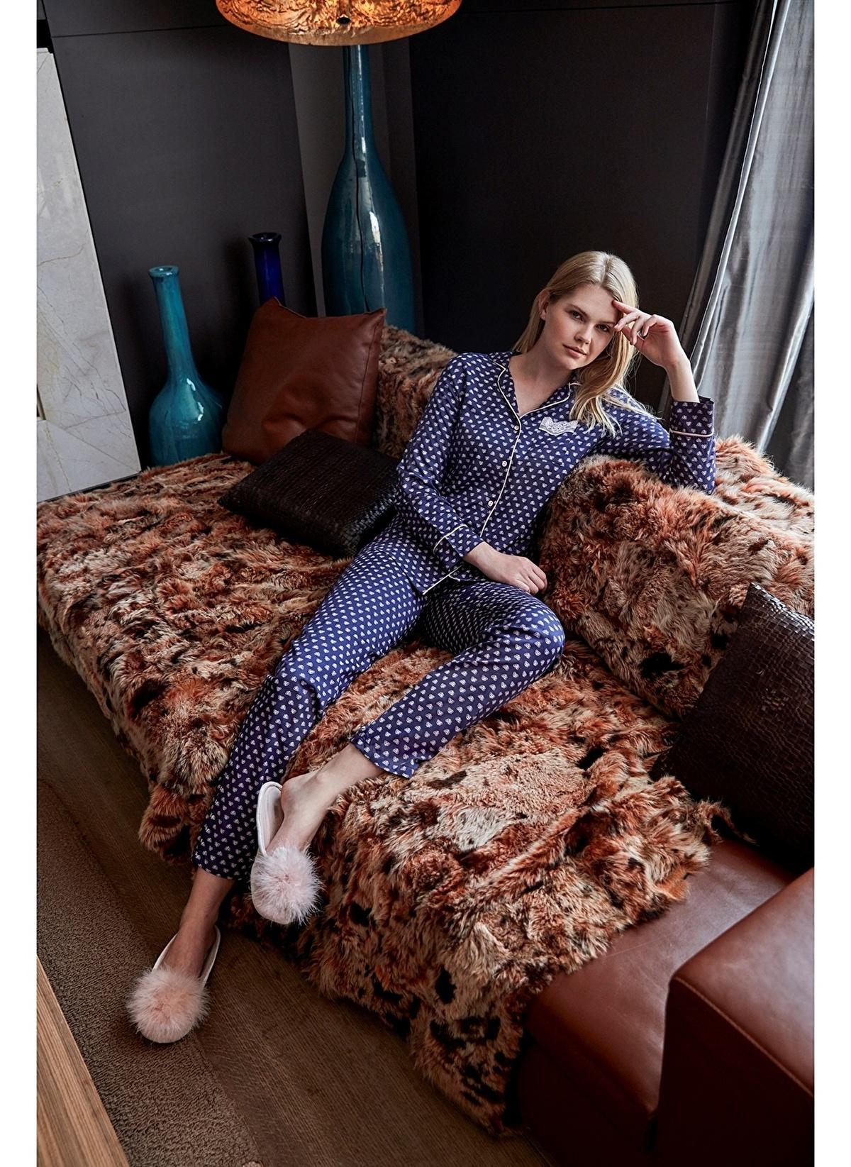Anıl Kadın Uzunkol Pijama Takım Man9475 Kadın Uzunkol Pijama Takım – 151.9 TL